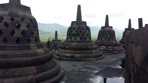Piring Borobudur Jogja 1 like popstars in borobudur yogyakarta indonesia