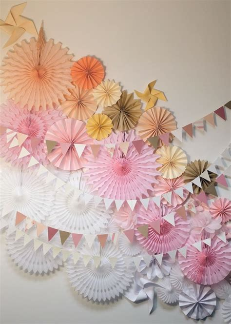 How To Make A Tissue Paper Fan - 17 best ideas about paper fans on paper
