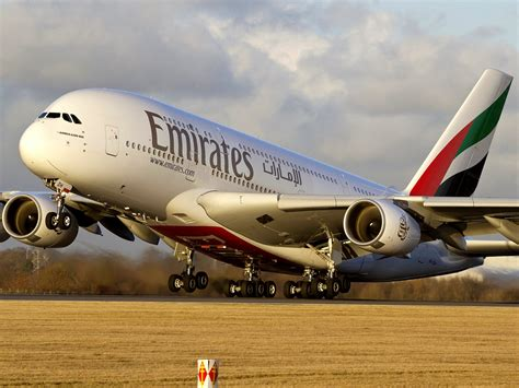 emirates hotline emirates contact number call 0843 515 8682