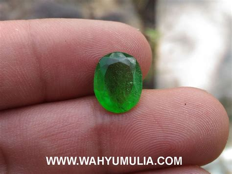 Batu Hijau Green Obsidian batu zamrud kalimantan kode 396 wahyu mulia