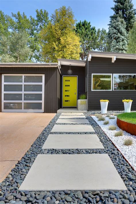 50 Yard Home Design by 50 Modern Front Yard Designs And Ideas Renoguide