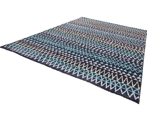 scandi teppich design velours teppich scandinavian bunt schwarz gemustert