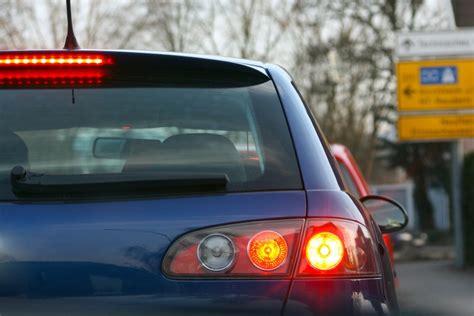 Bremsweg Auto by How Do Car Brakes Work Wonderopolis