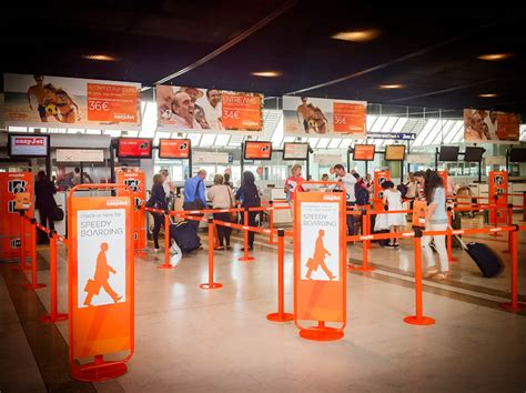 Image Gallery Easyjet Check In