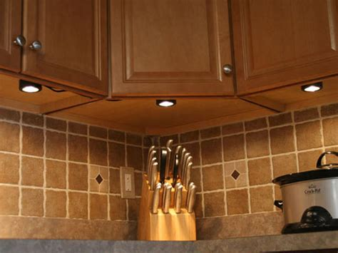 Lights Kitchen Cabinets Installing Cabinet Lighting Kitchen Ideas Design