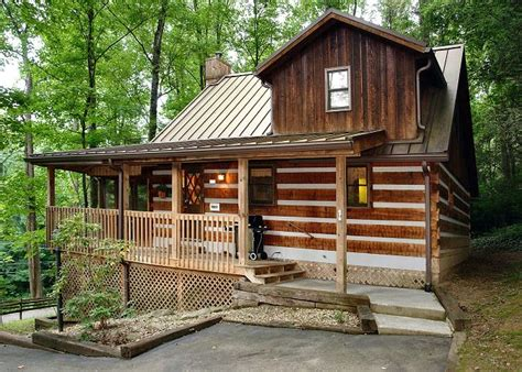 1 Bedroom Cabin Rentals parkside party 1676 1 bedrooms in gatlinburg cabin rental