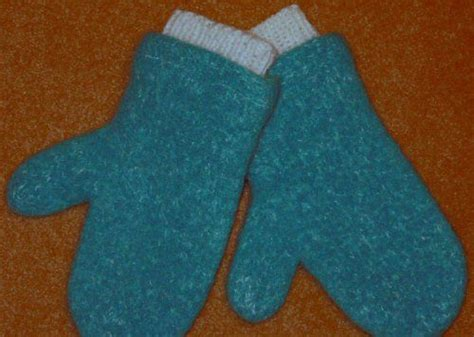 pattern felted mittens free 32 best images about mittens on pinterest free pattern