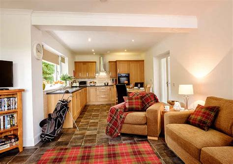 patrick gilmour catering disabled holiday lodges in fife lodge 6 elderburn lodges