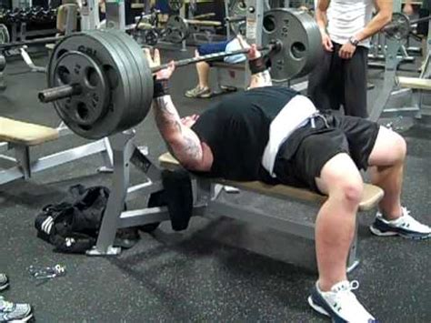 travis bench travis rogers do s and dont s in quot extreme benching quot youtube