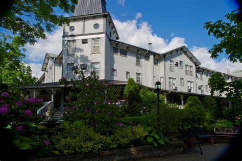 riverside inn the riverside inn cambridge springs pa booking