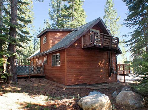Lake Cabin Rentals by Lake Tahoe Cabins The Snow Shoe Inn 592ss Cabin Rental