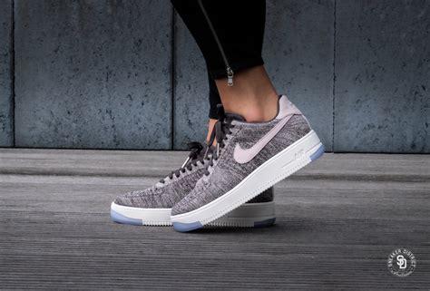 Sepatu Nike Airforce Premium 37 40 nike wmns air 1 ultra flyknit low midnight fog silt 820256 008