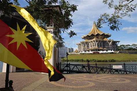 wallpaper design kuching sarawak disagree with the move to allow loans by housing