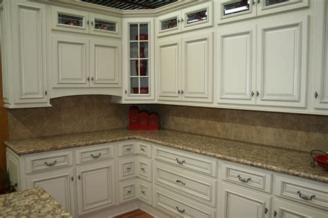 White Kitchens Backsplash Ideas by White Kitchen Cabinets Design For Pure And Elegant Design