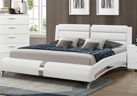coaster felicity platform bedroom set white 300345 bed coaster felicity platform bed white 300345 bed at