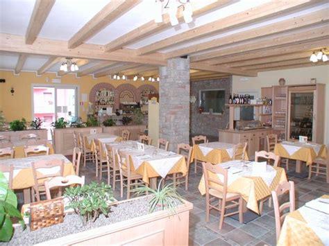 arredamenti per ristoranti rustici arredamento per ristorante accogliente e famigliare