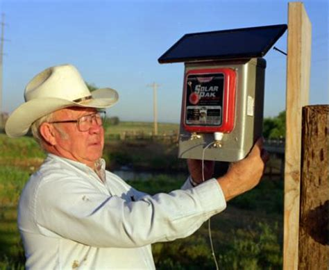 best solar electric fence charger electric fence best electric fence charger cattle