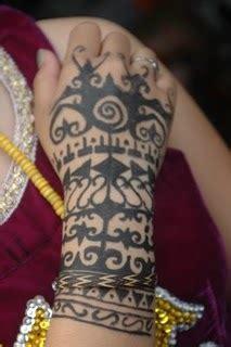 motif tato dayak di tangan tato dan eksistensi budaya dayak 171 banua dayak