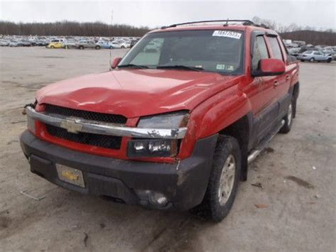 purchase used 2004 chevrolet avalanche 1500 z71 4x4 crew purchase used 2004 chevrolet avalanche z71 4x4 best offer k1500 1500 5 3 v8 salvage parts in