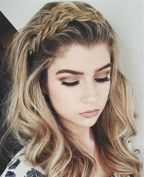 hairstyles with small headbands 17 best ideas about headband hairstyles on pinterest