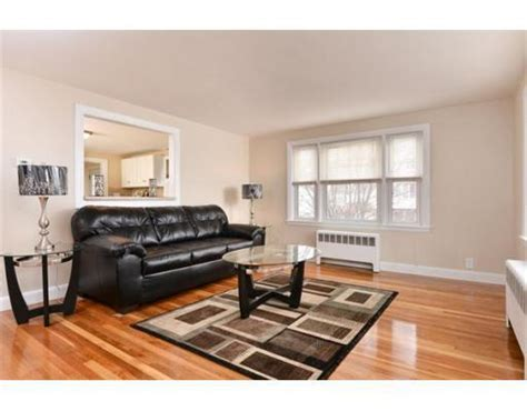 redfin deal room 5 s genesee st revere ma 02151 mls 71650680 redfin