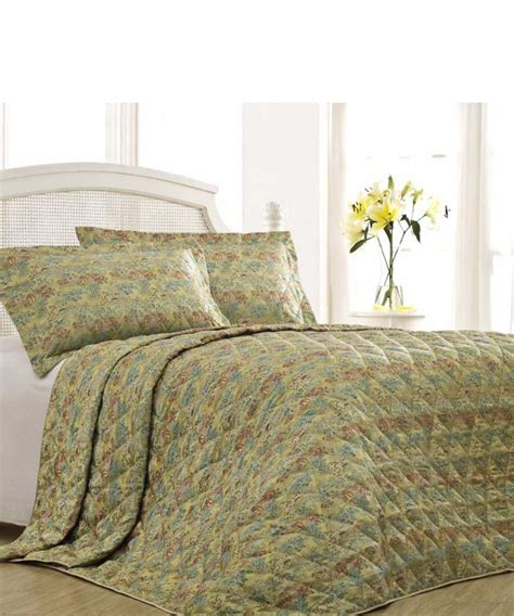 King Size Bedspread Sale Nimbus Quilted King Size Bedspread In Gold Designer