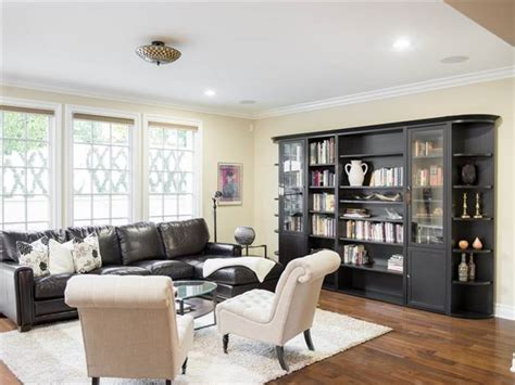 kris jenner living room kris jenner buys picture colonial home in california see inside today