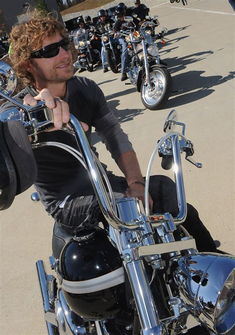 bentley motorcycle dierks bentley pictures 5th annual miles music for