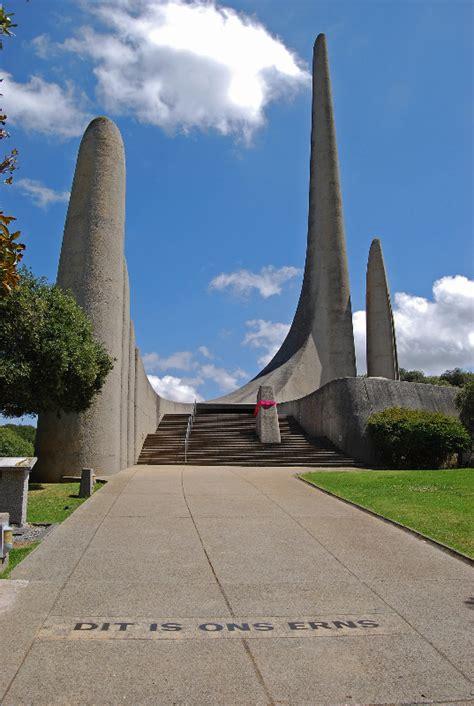 afrikaanse taalmuseum en monument paarl tourism center