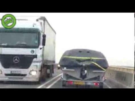 boat crash harlem shake ein redendes boot auf der autobahn rofl filme