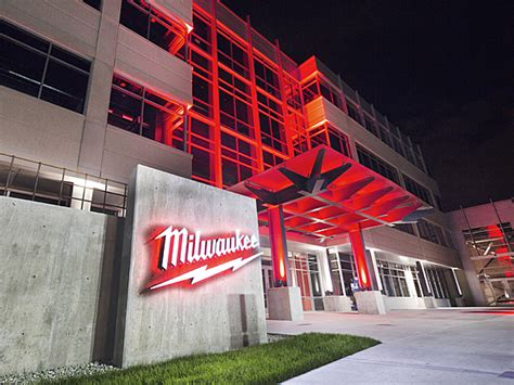 milwaukee tool headquarters building expansion