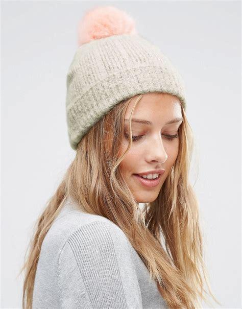 Subtle Version Of The Pom Pom Hat by 10 Ways To Wear The Pom Pom Trend Adventures Of Yoo