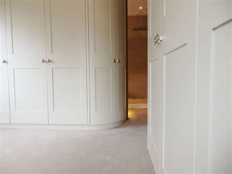 Curved Wardrobes by Wardrobes