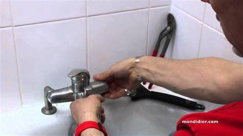 changer robinet baignoire changement robinet de baignoire