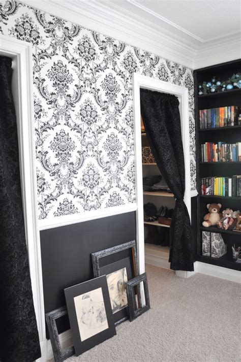 bedroom closet curtains 25 best ideas about damask bedroom on pinterest black