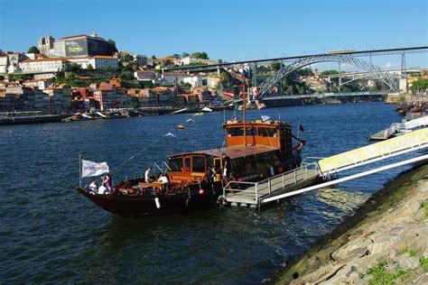 paseos de un gourmet paseos en barco por el douro en oporto
