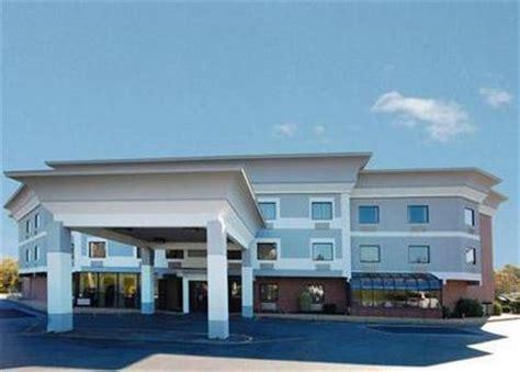 comfort suites newark delaware comfort suites newark newark deals see hotel photos