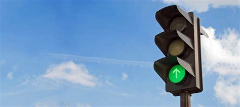 solar traffic light wireless solar traffic light system led traffic light