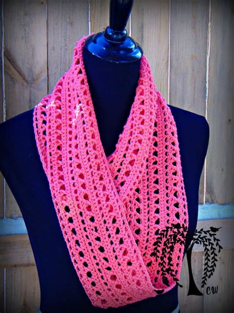 free crochet patterns for infinity scarves kisses infinity scarf allfreecrochet