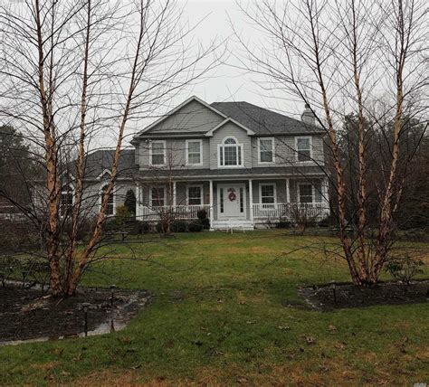 center moriches ny real estate homes  sale