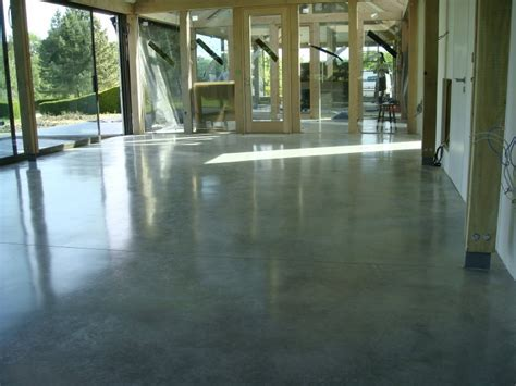 Natural Power Float Concrete Floors, Bedwyn   Steyson