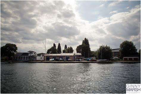 fast boat ride thames kingston wedding fast cars and a boat ride on the thames