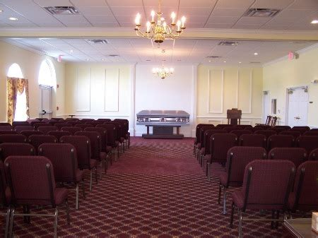 charlton and groome funeral home and crematory