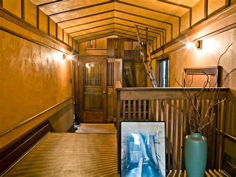 frank lloyd wright home studio traditional