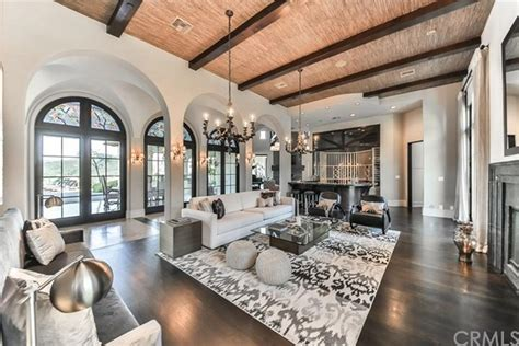 britney spears photos inside celebrity homes ny britney spears s 8 9 million california dream s house is