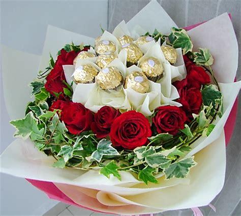 Bouquet Buket Fresh Roses Coklat Ferrero Rocher filgiftshop ferrero rocher bouquet filgiftshop