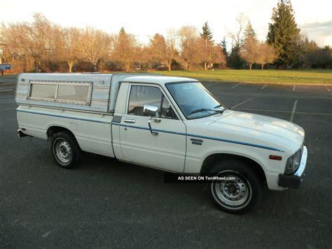 toyota truck diesel 1982 toyota pickup diesel 5 speed very 2 2 litre