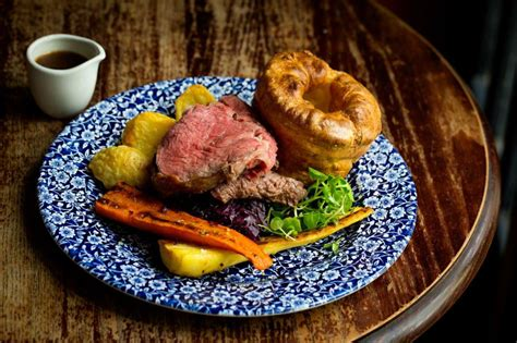 top ten sunday dinners the best places to enjoy a roast dinner in the uk lovefood