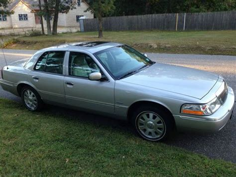 books on how cars work 2005 mercury grand marquis windshield wipe control sell used 2005 mercury grand marquis ultimate edition sedan 4 door 4 6l cream puff in