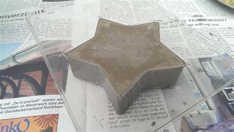 beton gießformen selber herstellen beton deko f 252 r weihnachten mit rayher gie 223 formen